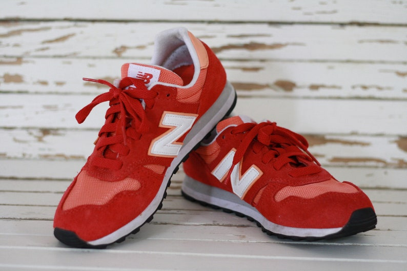 hot sale online 8550b fe6a9 Beautiful. NEW BALANCE 373 shoes 36,5* uk 4* usa 6*. Basket shoes. Red new  balance. Chaussures rouges oranges new balance 373. Sport shoes.