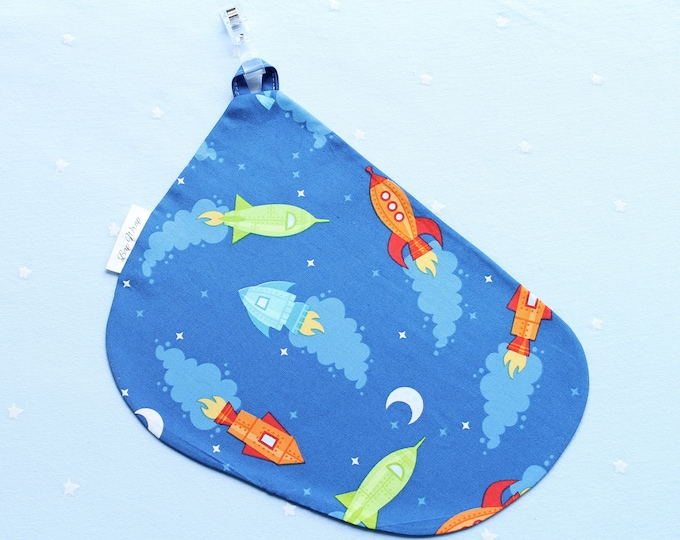 Breastfeeding/nursing cover, baby shower, gift idea - Blue Rocket