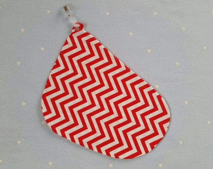 Breastfeeding/nursing cover, baby shower, gift idea - Red Zigzag