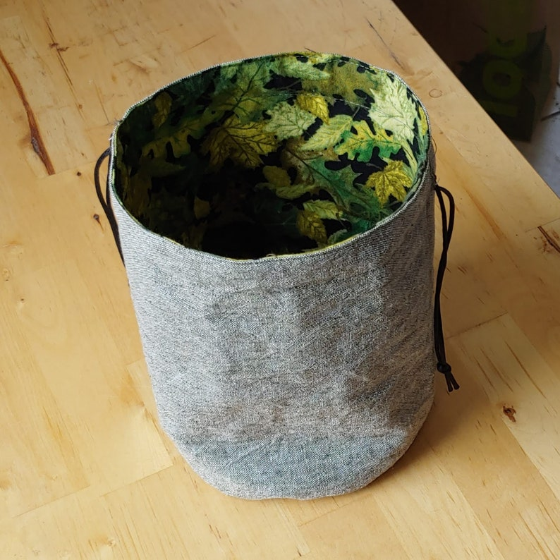 Lined drawstring dice or coin bags CLEARANCE