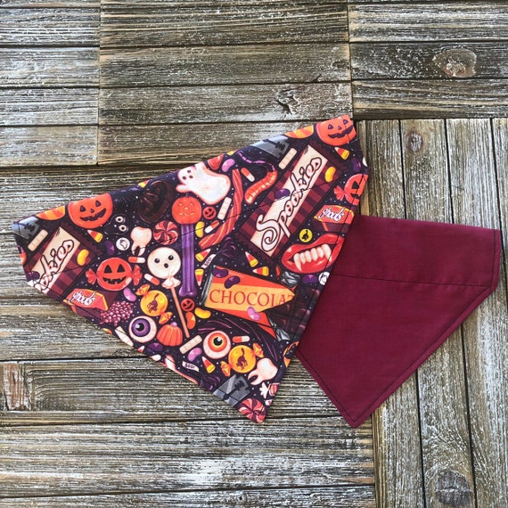 Trick or Treat over the collar /& tie up reversible dog bandana witch halloween spooky horror candy chocolates ghost bat pumpkin