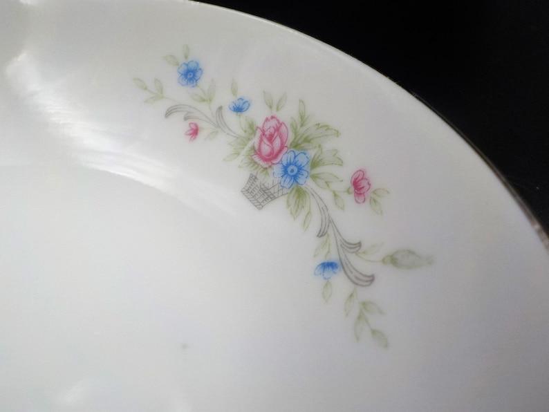 Cottage Charm Excellent Condition 4 Vintage Berry Bowls -Fantasia Pattern Gift for Her Platinum Rim