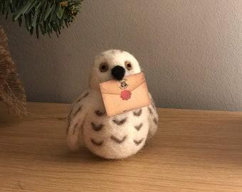 Snowy Owl - Beginners needle felting kit