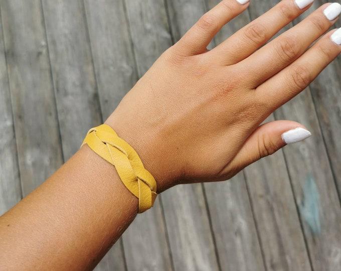 Braided leather bracelet / Leather bracelet / braided bracelet / yellow bracelet / boho