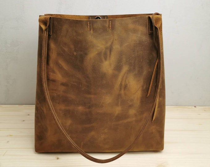 Brown leather shopper / brown leather bag / large leather totes / brown leather bag / pull up leather
