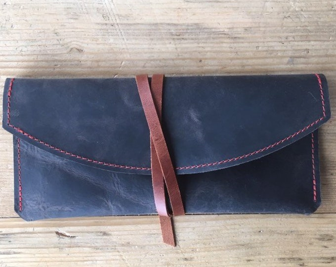 Leather glasses case//leather case//sunglasses case//leather clutch//minimal