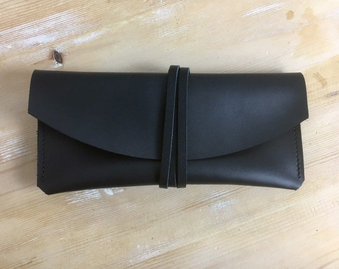 Leather Eyeglasses Case / Leather Case / Sunglasses Case = Leather Clutch = glasses case = minimal