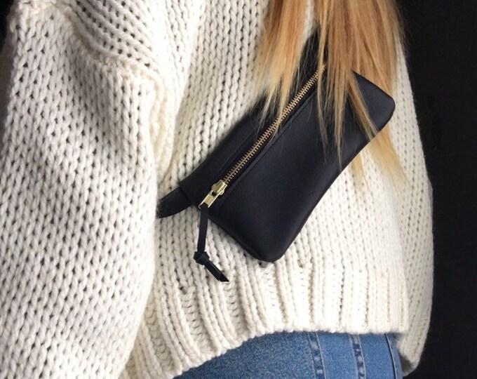 Fanny Pack//Small belt bag//black leather belly bag//Hip Bag//Small Cross Body Bag//Festival Bag