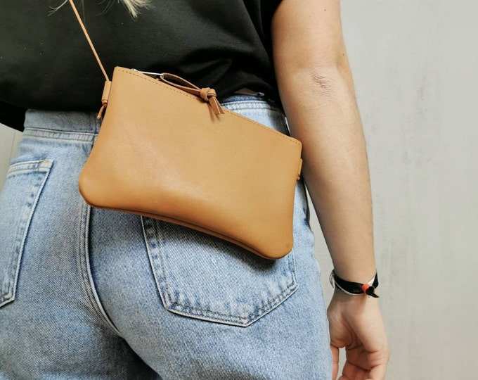 Mini bag ) genuine leather camel / smartphone bag ) out of the bag / bag for traveling ) natural tanned