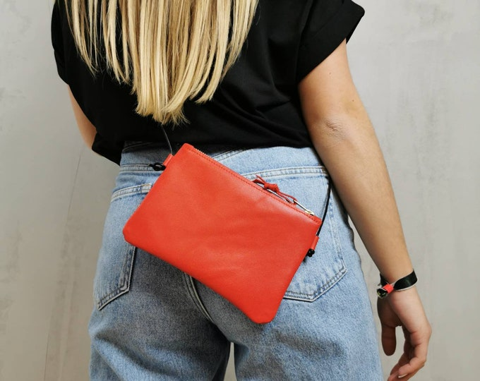 Mini bag : genuine leather red / smartphone bag / outofe bag / bag for traveling ) Leather bag red