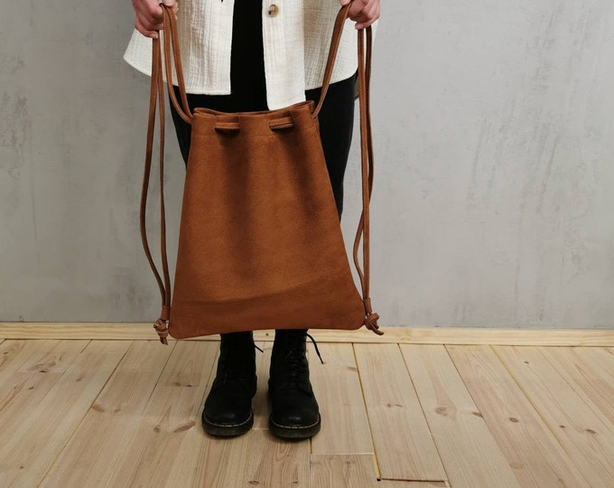 Women's Backpack / Gym Bag / Leather Gym Bag / camel brown leather bag ) vegetable tanned