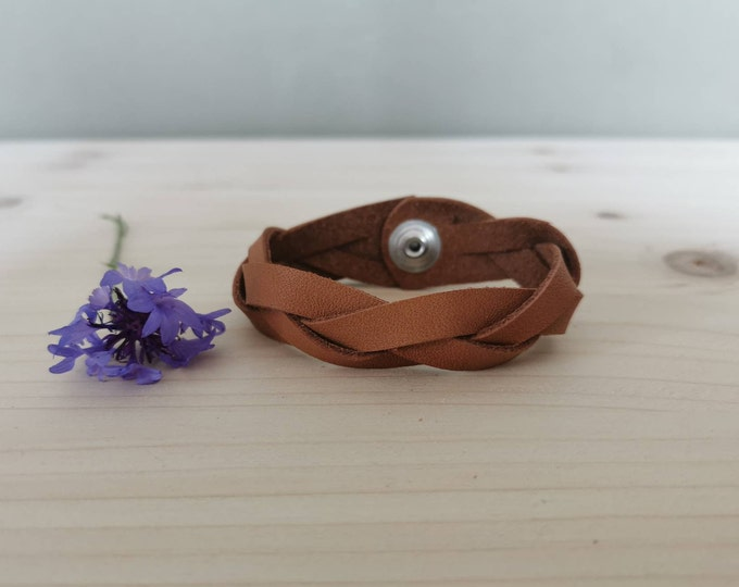 Leather bracelet Unisex / leather bracelet with push button / Leather bracelet / natural tanned leather / Braided bracelet / boho