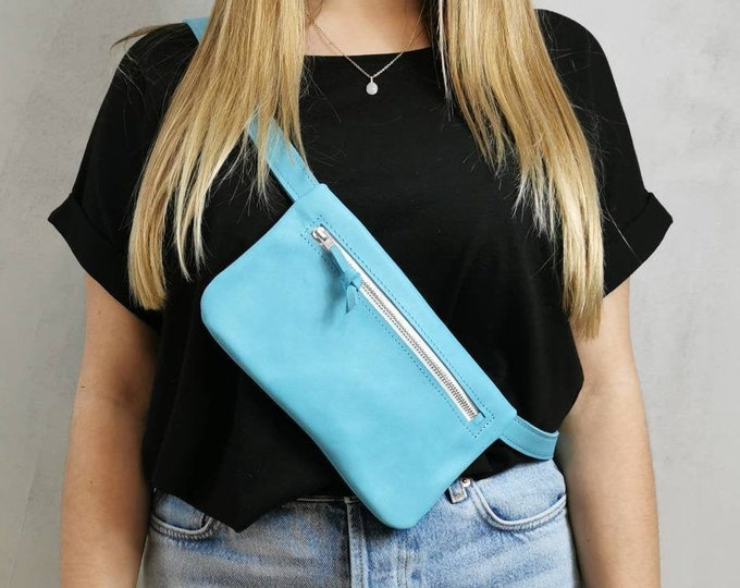 Light blue leather belt bag / hip bag baby blue / hip bag leather / Fanny Pack / crossbody / festival bag / belly bag / boom bag