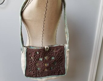 Not another bag out there like this beautiful shoulder bag.