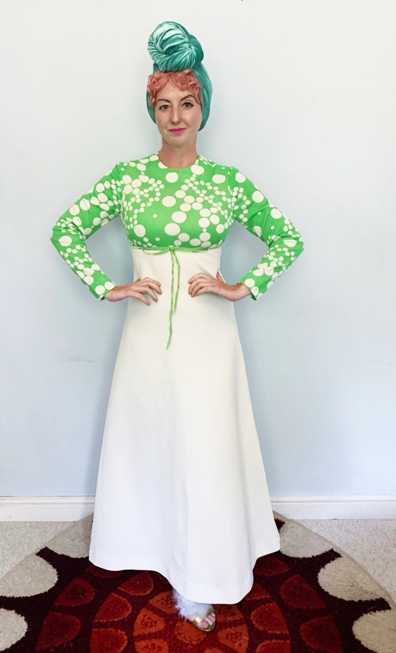 Green and White spotty dotty maxi dress 60s/70s uk