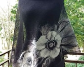 Black linen ponch with felted flowers