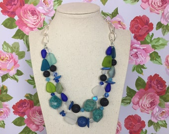 Earth-handmade modern beaded necklace
