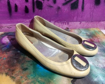 bae0bf8dfd014d Vintage PRADA Patent leather Flats, 90s 80s Retro Women's Beige Yellow  Leather Shoes, Size EU 39