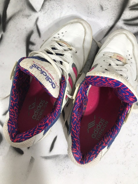 1994 Adidas Response Vintage Women's Athletic Shoes 90s 80s Retro Casual Sneakers White Blue Purple Shoes Size 7 US