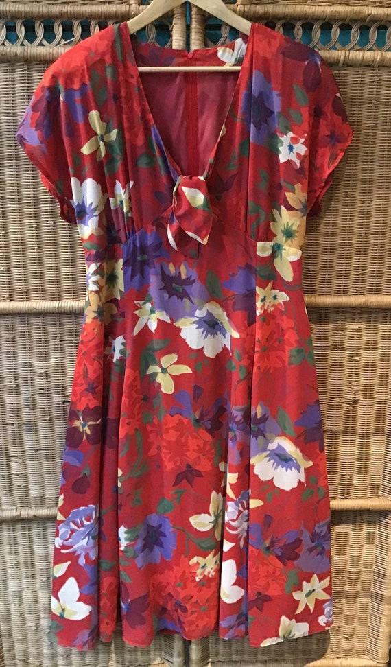 Vintage floral floaty boho red shoulder pad lined dress