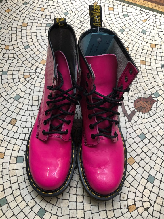 Pink patent leather Dr martens boot uk adult size