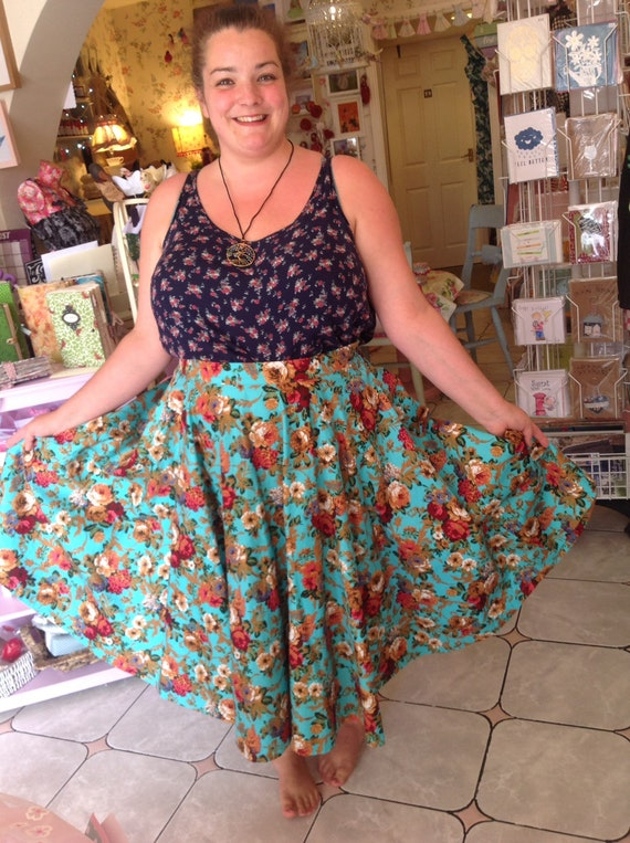 on feet images of first look newest Vintage style Lindy bop floral skirt 22