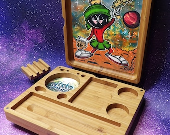 Marvin the martian rolling tray