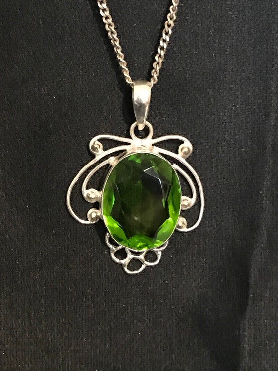 Elegant Long Pendant with Labradorite /& Green Amethyst