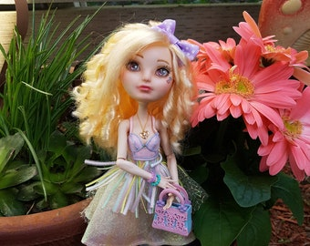 Sarah ooak Ever after high doll Apple White