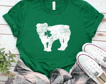 5ec309900 English Bulldog Lucky Shirt / St Patricks Day T-Shirt / St Patricks Gift /  Shamrock Tee / St Paddys Day Shirt / Clover Shirt / Dog Lover