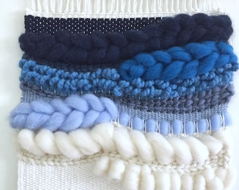 Blue Ombre Wall Tapestryt