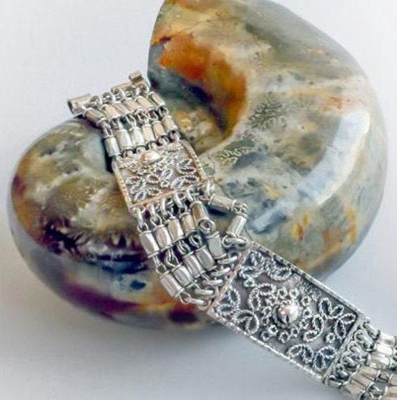 EGYPTIAN SILVER BRACELET