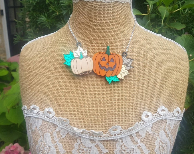 Featured listing image: Halloween Pumpkin Necklace