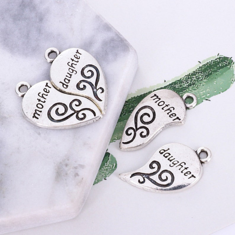 Daughter Jewellery for Women Mother\u2019s Gift Special Jewellery Mother and Daughter To My Daughter Gift Necklace