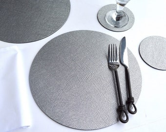 5fe911fce0e9 Set of 8 (16pcs) Artisan Silver Bonded Leather Round PLACE MATS & 8 COASTERS,  Table Mats, Wedding, Vintage, Placemat, Tablemat, Dining