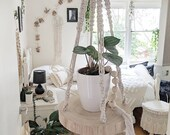 Macrame hanging shelf Macramè shelf Macramè hanging decor Hanging Shelf Macramè plant hanger Macramè plant holder