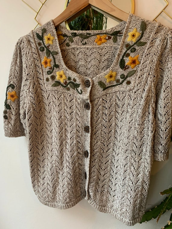 Vintage short sleeve Embroidered cardigan