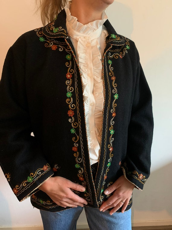 Vintage wool Embroidered coat - image 2