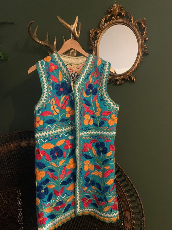 Vintage cotton Embroidered 1970s waistcoat