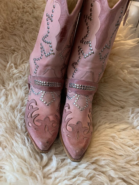 Vintage pink western boots