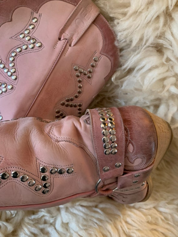 Vintage pink western boots - image 3