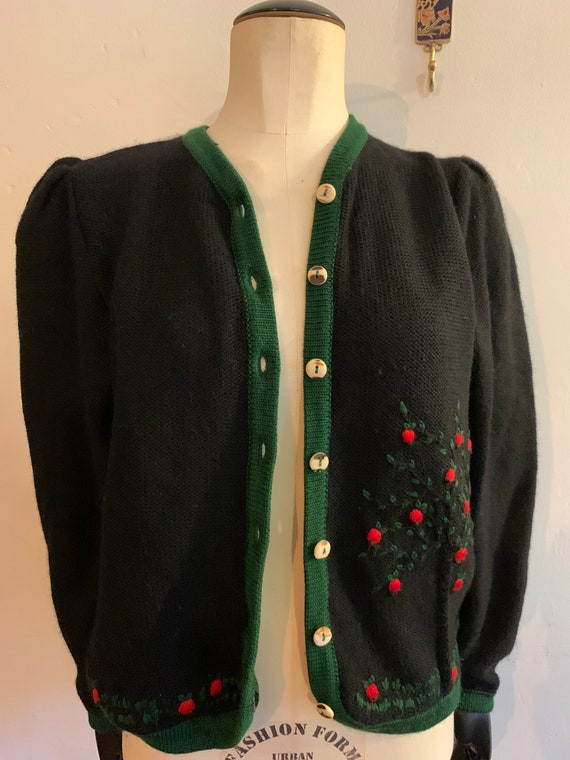 Vintage Embroidered cardigan