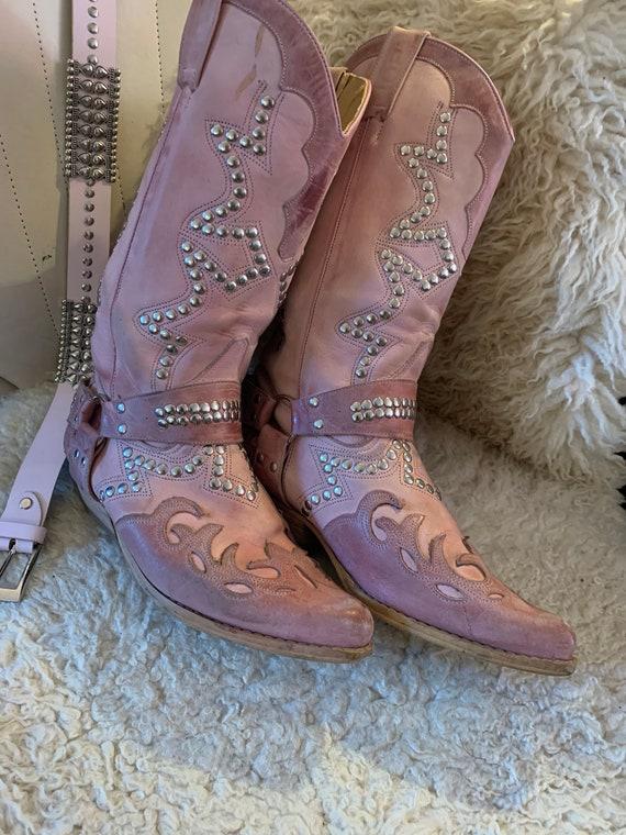 Vintage pink western boots - image 2