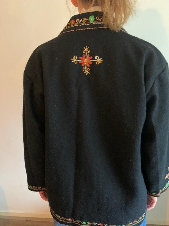 Vintage wool Embroidered coat - image 3