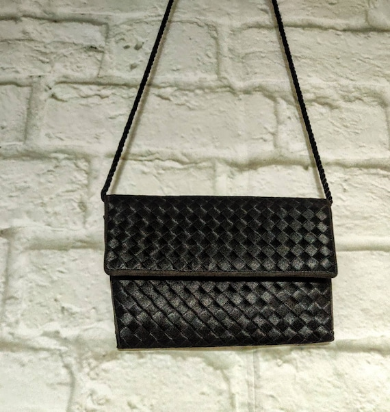 Vintage 80s Whiting&Davies Evening Shoulder Bag