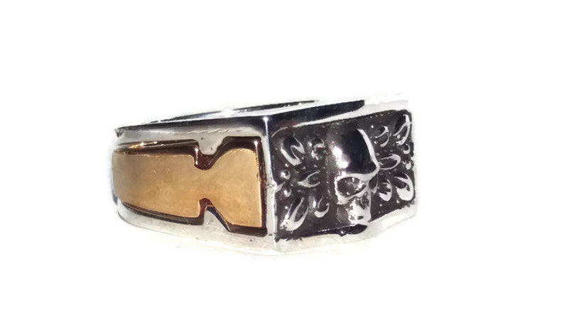 Gothic jewelry gold on silver two tones bikers skull ring Secret Compartment Skull Ring
