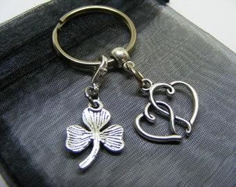 Entwined Love Heart & Irish Shamrock Charm Keyring With Gift Bag - UK Seller (NC)