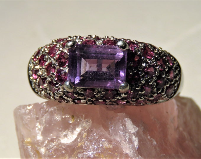 Amethyst. Vintage. Ring. REDUCED.Natural 7x5mm Main Gem w/~35 Small Pink Garnet Sidestones.  Pure Victorian. Size 10, Resizable. UNIQUE!!!