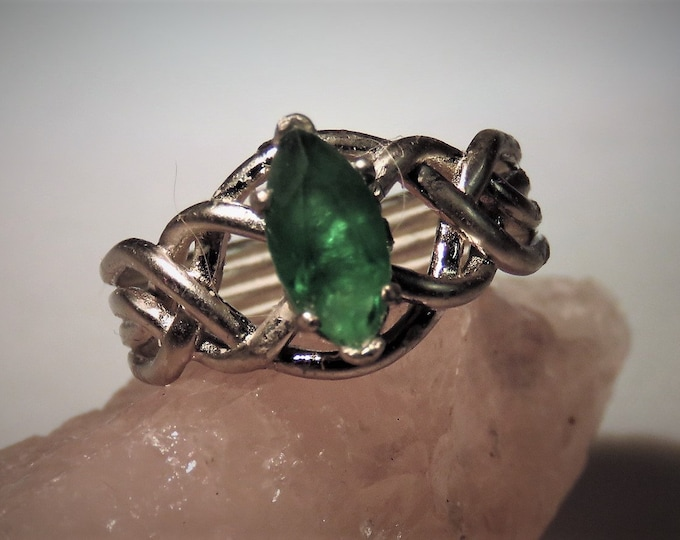 Topaz. Emerald Green. Marquise Cut Gem in Celtic Sterling Silver Setting; From Brazil; 10x5mm Gem, ~1.00 ct; Unique Cut & Setting.