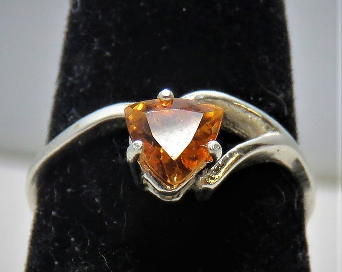 Spessartine Garnet. Solitaire Ring, Sz 7.  6mm ~1 Carat Gem from Tanzania. Brilliant Color, Scintillations and Fire. Set in Sterling Silver